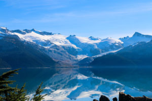 Image of the Sphinx Glacier on the opposite side of turquoise blue Garibaldi Lake
